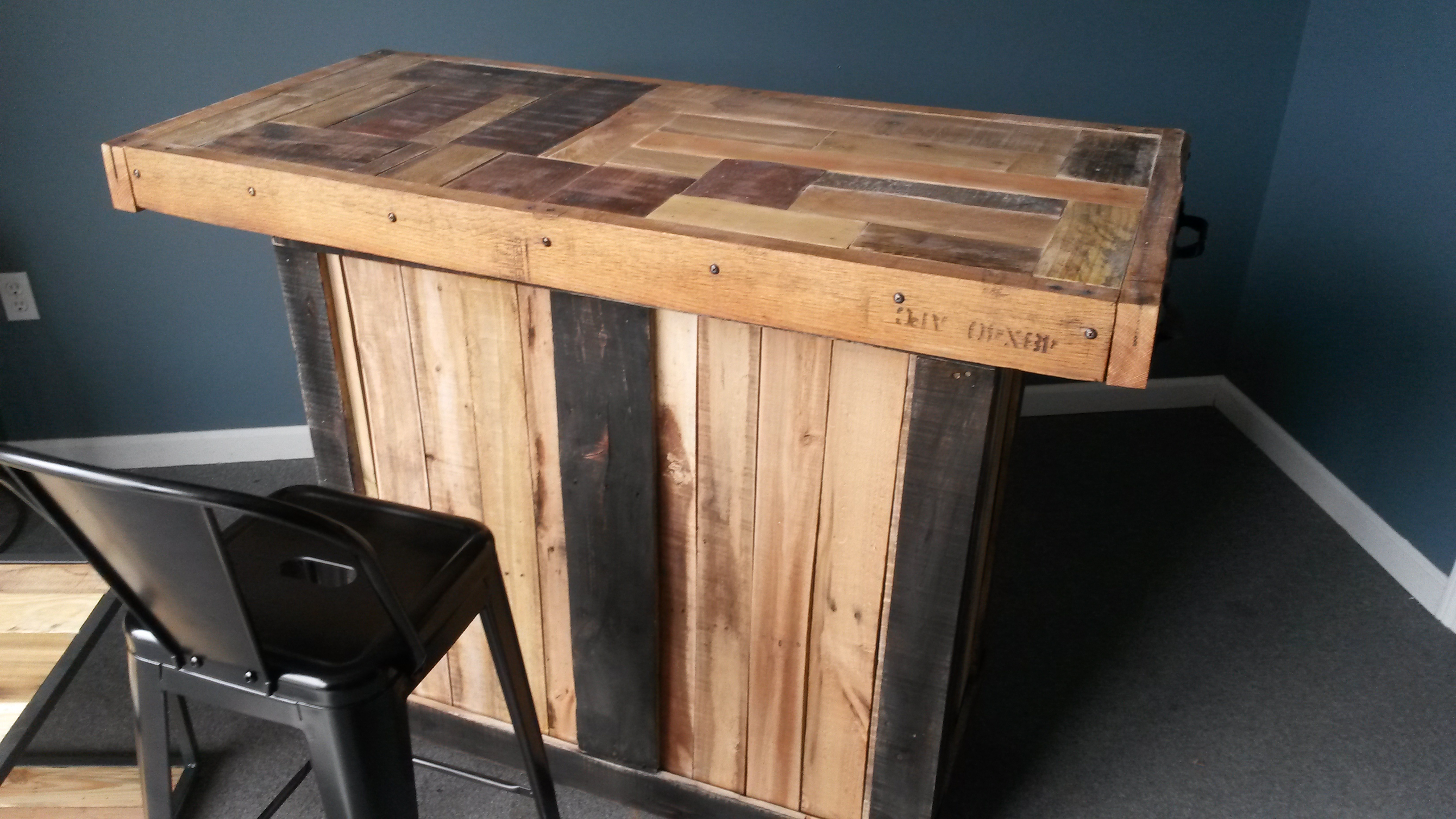 Pallet Bar 225 With Metal Stools 345 I Love Recycled Pallets They Come In All Shapes Sizes And Wood Colors Made A Mosaic Top